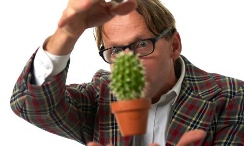 En svävande kaktus eller en Mexikansk Jojo? Trollkarl Martin